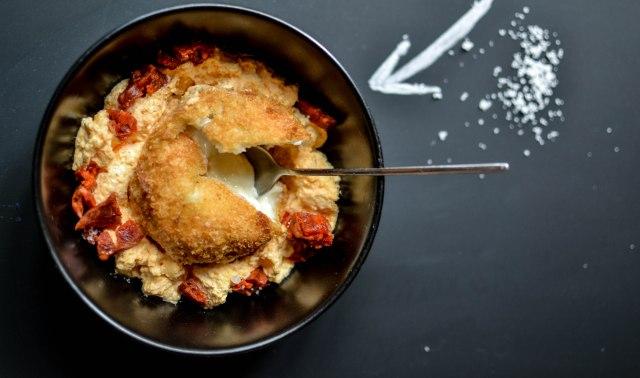 Croquette de parmesan et espuma au chorizo