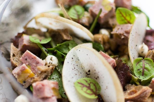 Salade gourmande terrine foie gras abricots pistaches